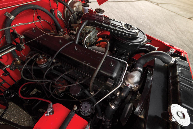 1970 Toyota Land Cruiser FJ40 engine