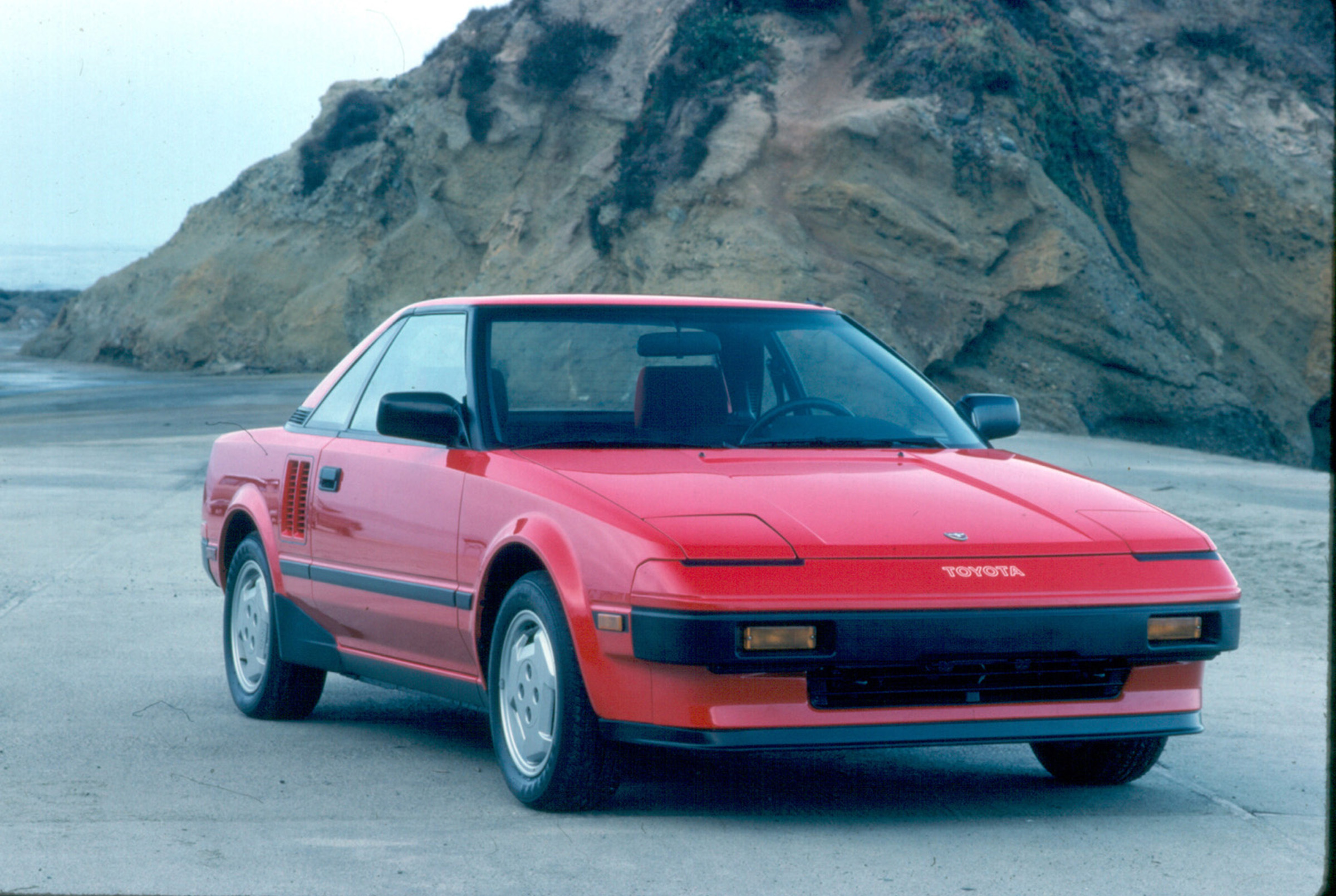 1985 Toyota MR2 front 3/4