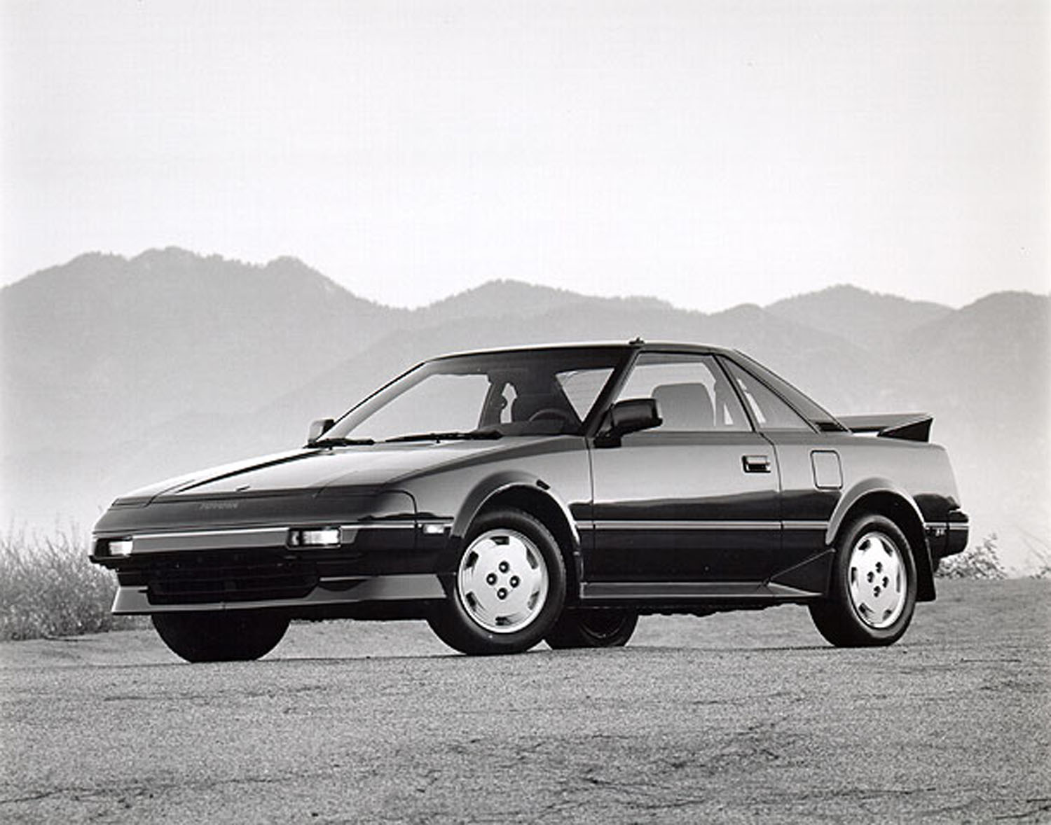 1989 Toyota MR2 front 3/4