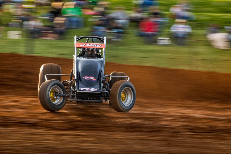 Sprint track dirt racing