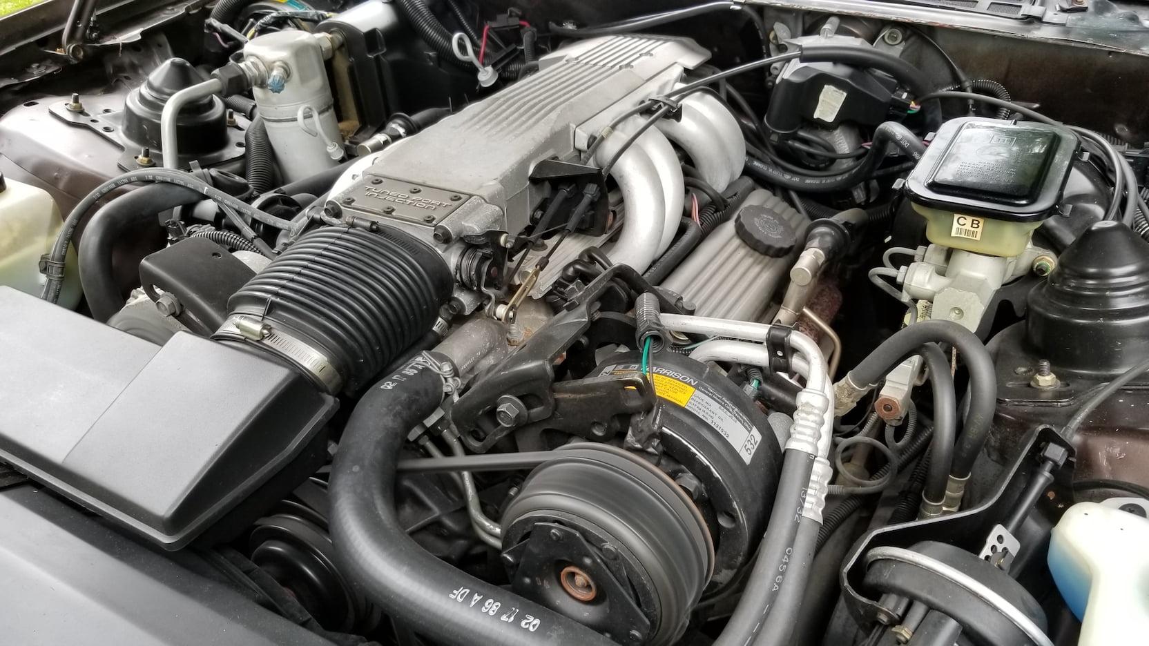 1986 Pontiac Trans Am engine