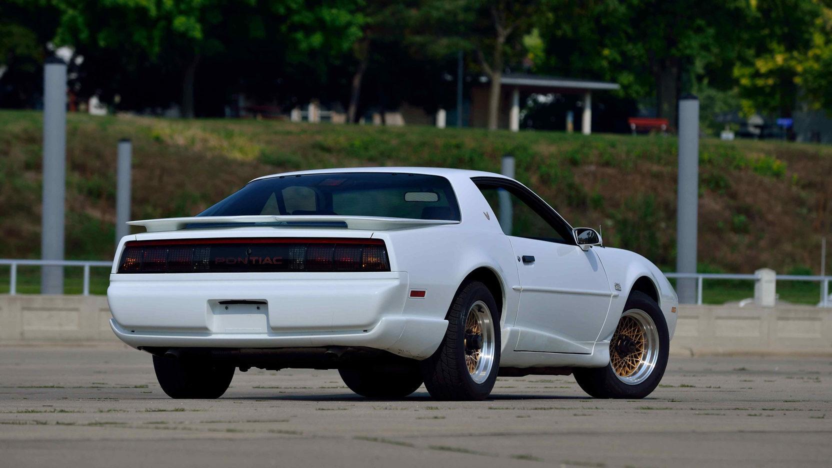 1991 Pontiac Trans Am rear 3/4