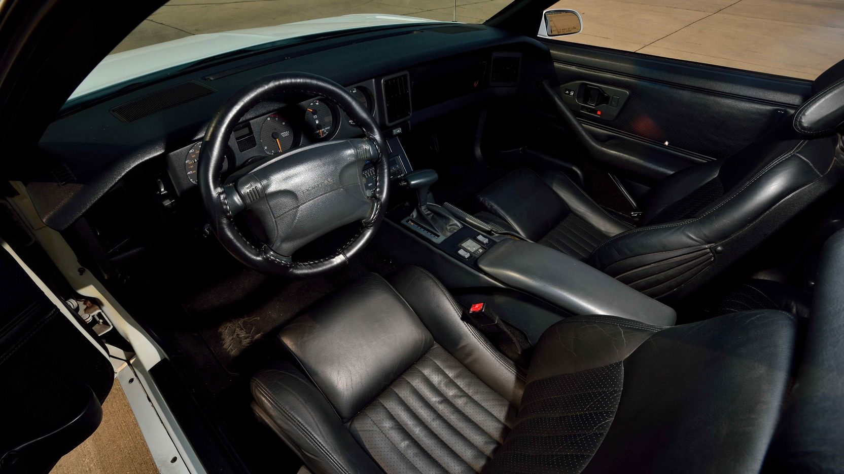 1991 Pontiac Trans Am interior