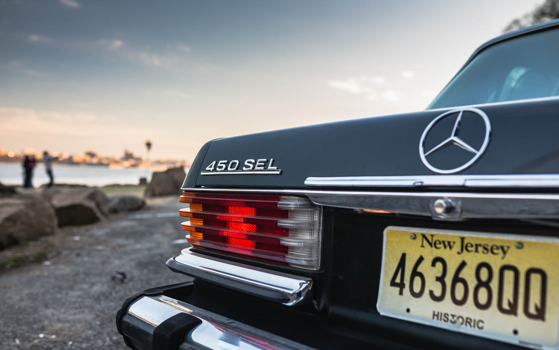 1974 Mercedes-Benz 450SEL badge