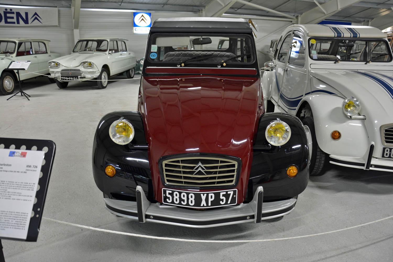 1990 Citroën 2CV Charleston front