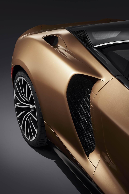 McLaren GT side vent