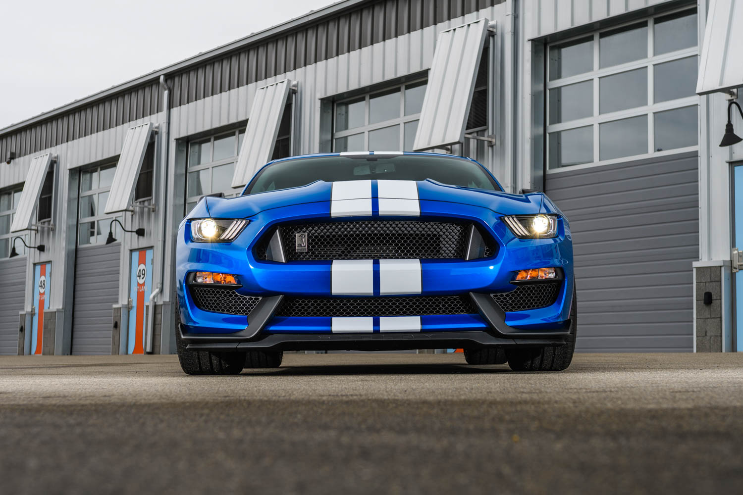 2019 Ford Mustang Shelby GT350 low front