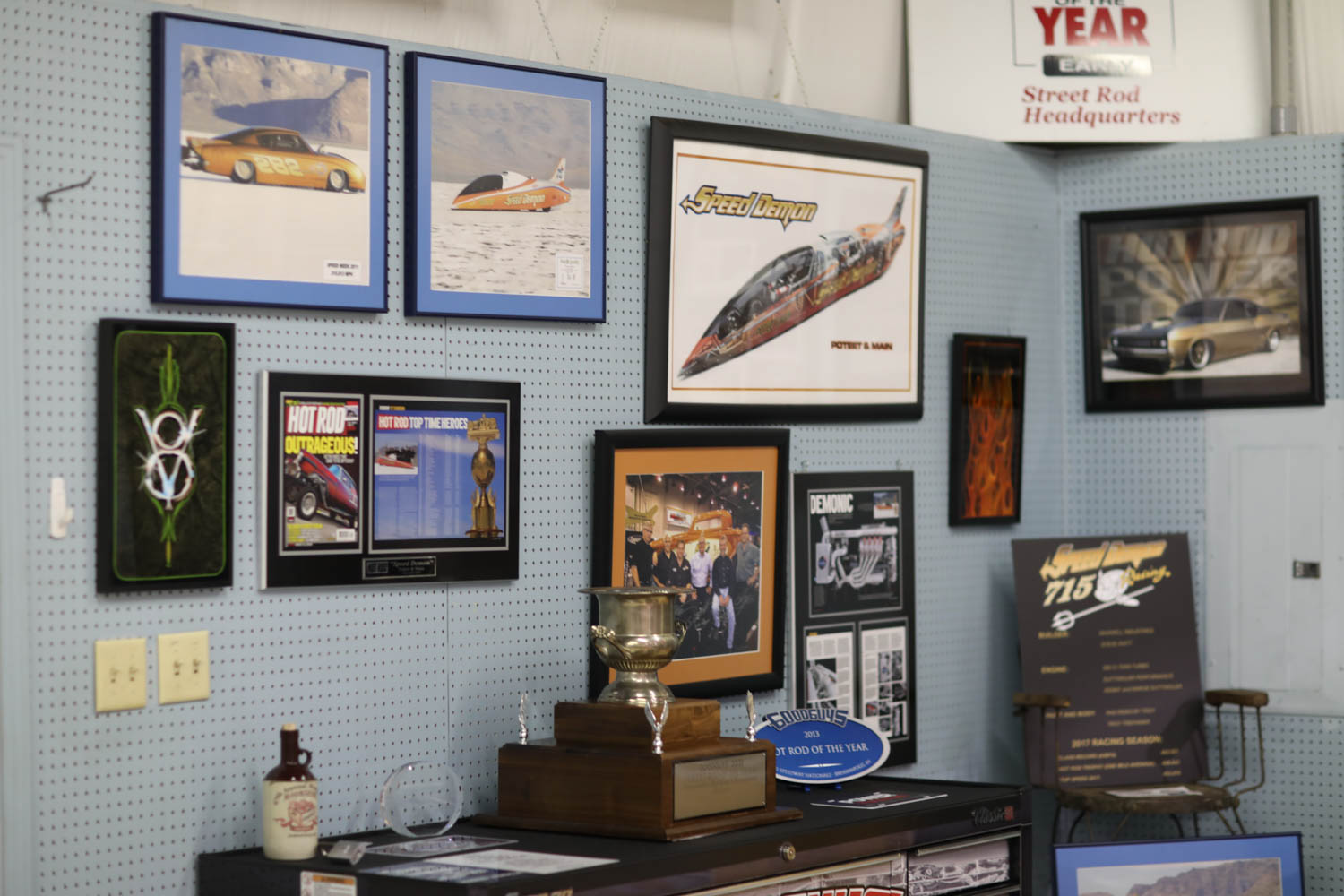 George Poteet magazine articles that featured his cars.