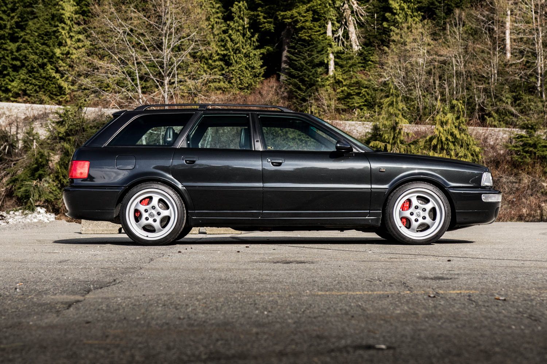 Audi RS2 side profile