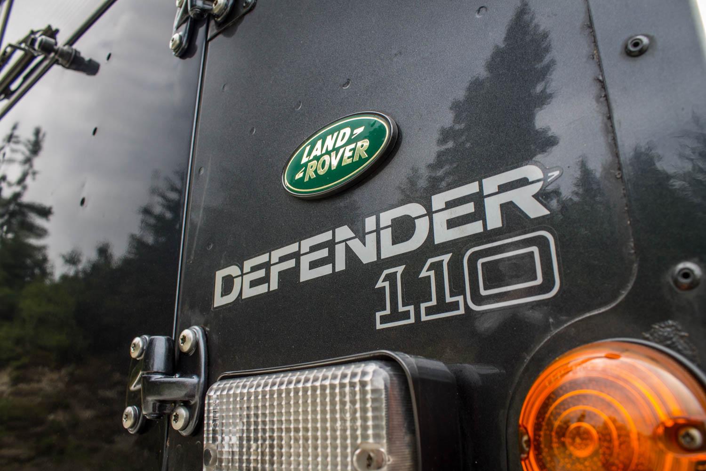 Land Rover Defender 110 TD5 badge