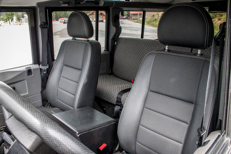 Land Rover Defender 110 TD5 seat detail