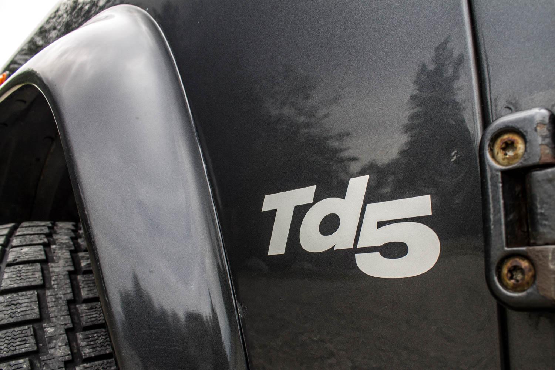 Land Rover Defender 110 TD5 paint