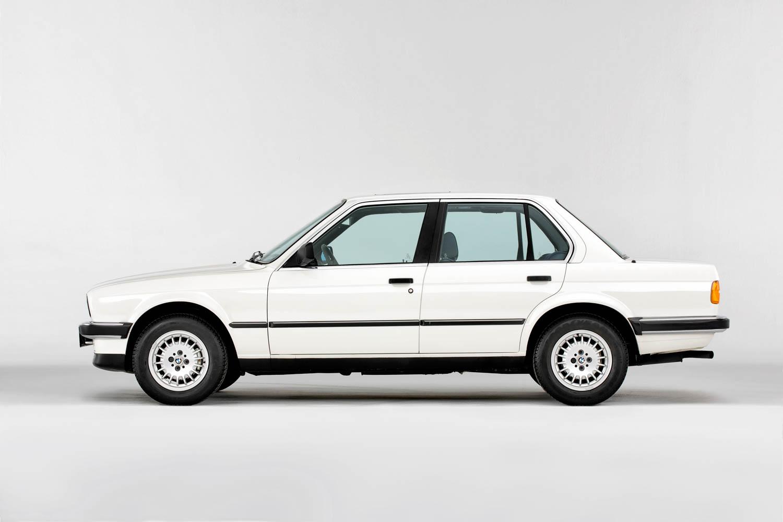 BMW E30 profile