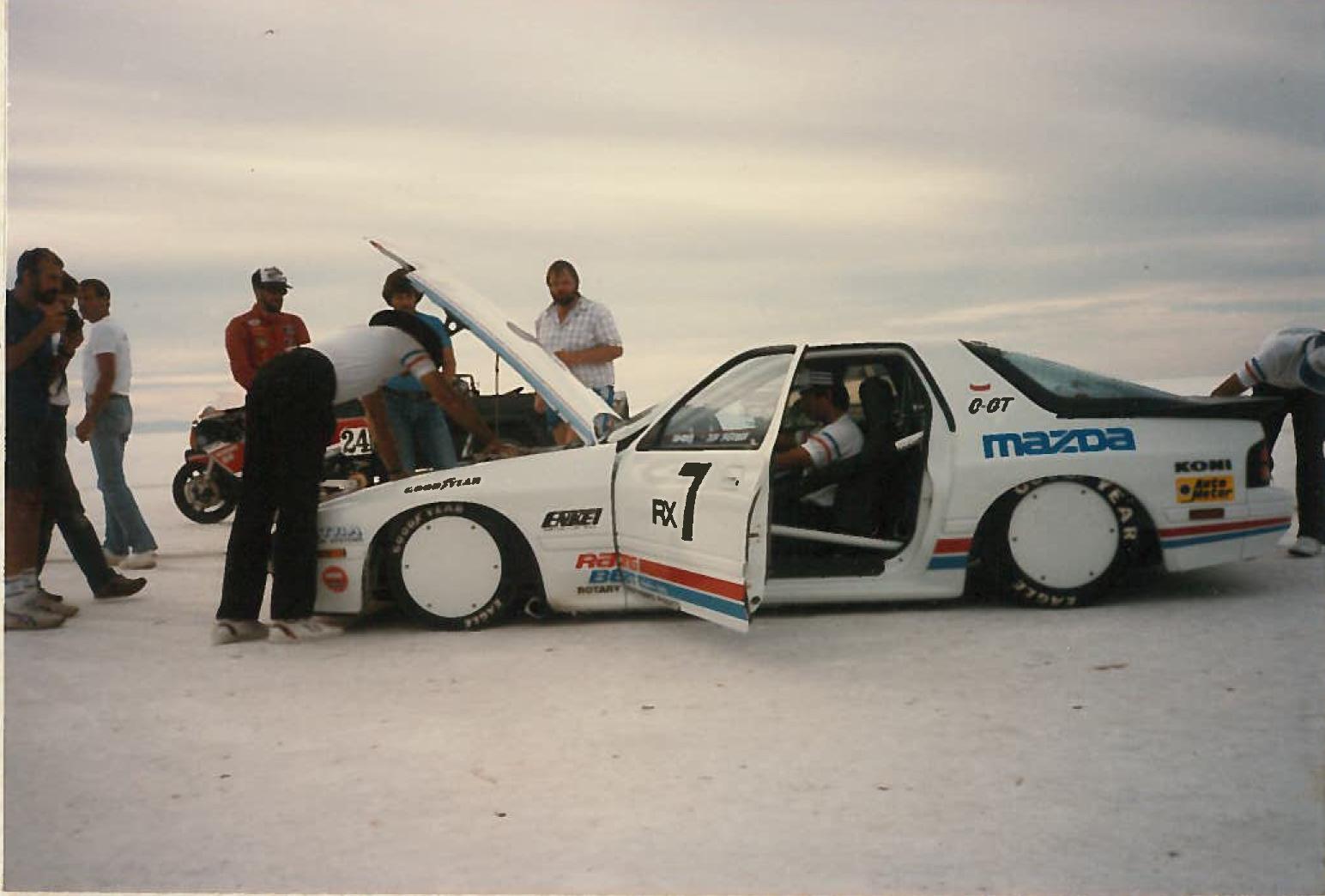 race Mazda RX-7