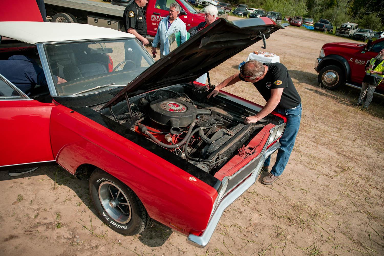 1969 Plymouth GTX engine bay