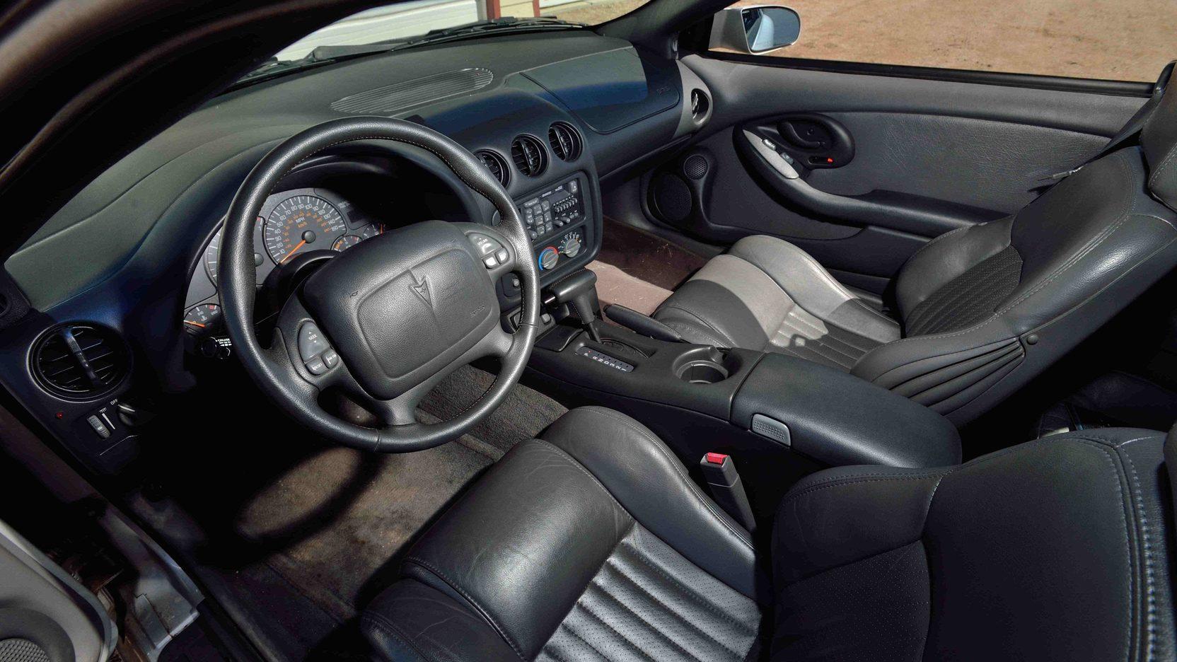 1997 Pontiac Firebird interior