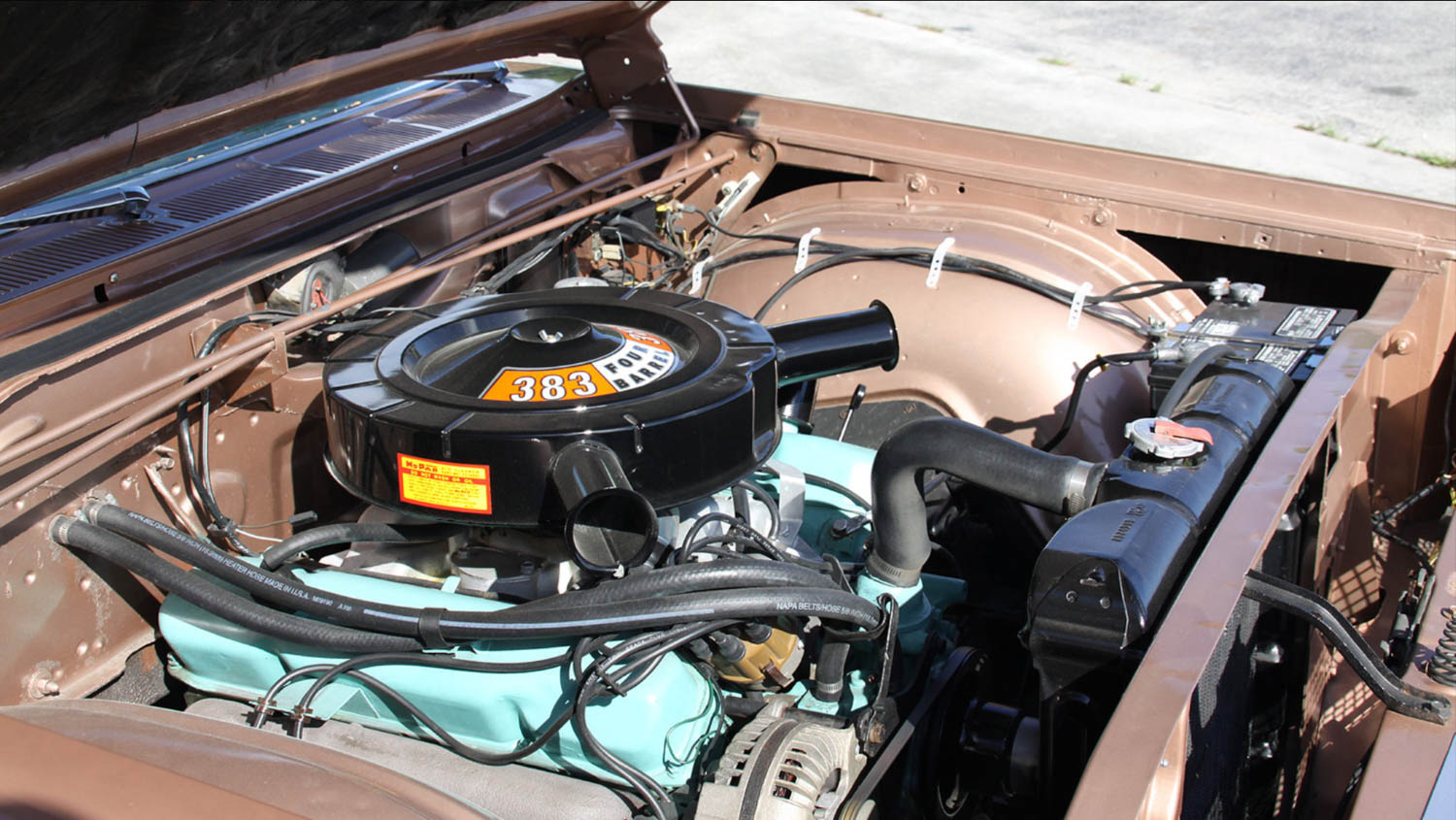 '65 Plymouth Sport Fury Engine