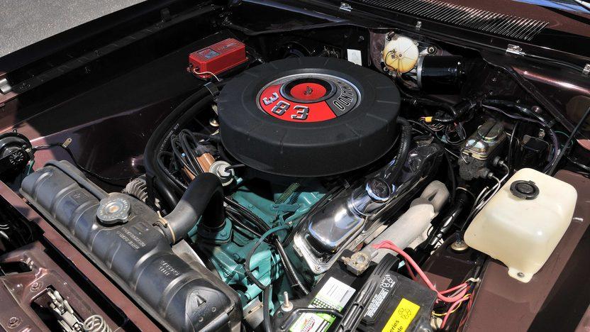 1967 Plymouth Barracuda Engine