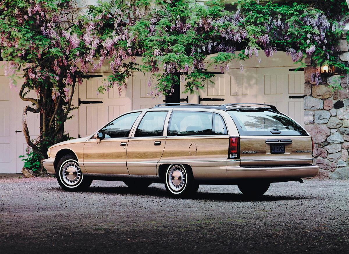 1991 Chevrolet Caprice rear 3/4