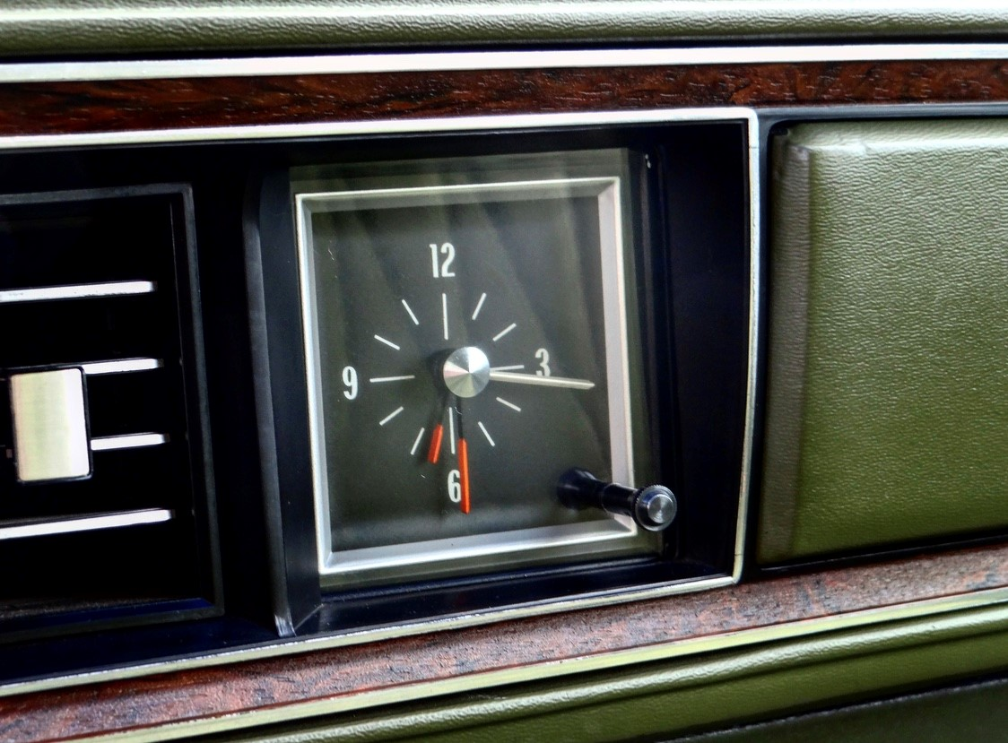 Delta 88 clock