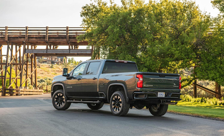 2020 Chevrolet Silverado 2500HD rear 3/4