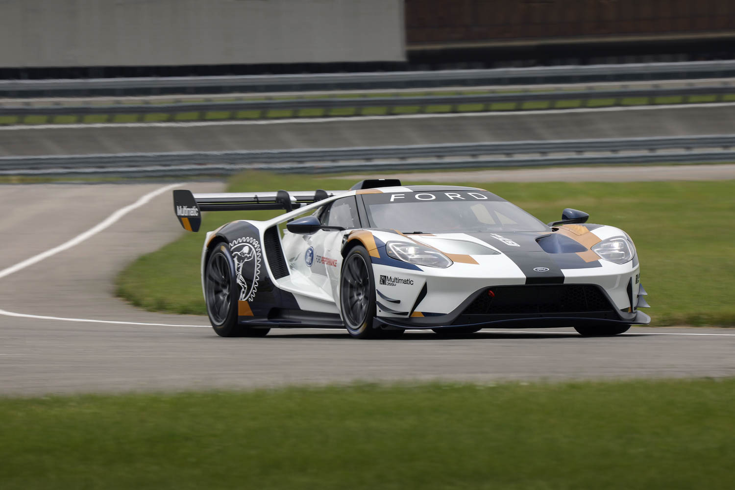 Ford GT Mk II front 3/4 driving