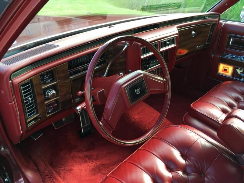 1987 Cadillac steering wheel