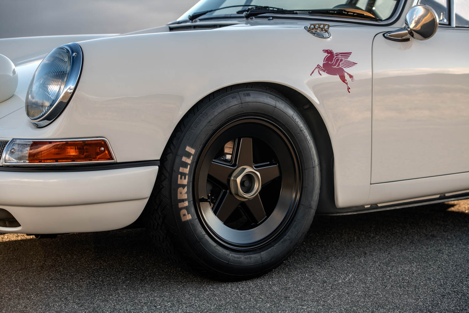 Emory Porsche 911K wheel detail