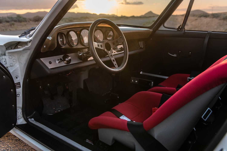 Emory Porsche 911K interior