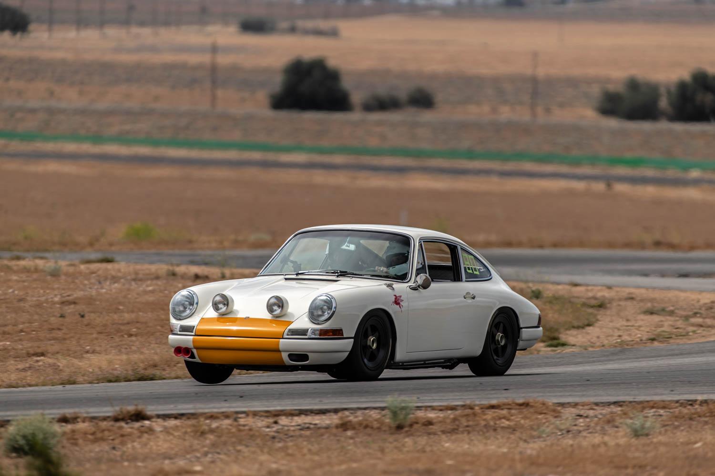 Emory Porsche 911K racing