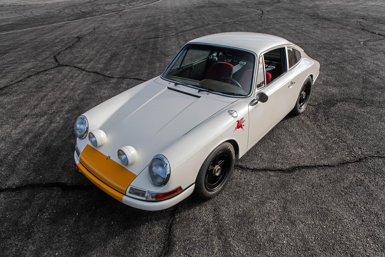 Emory Porsche 911K overhead