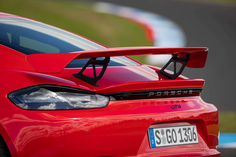 Porsche 718 Cayman GT4 wing