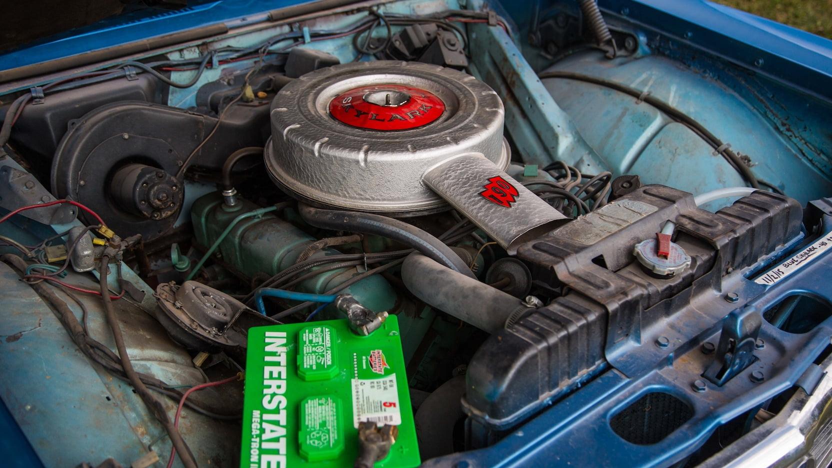 1962 Buick Skylark 215 engine