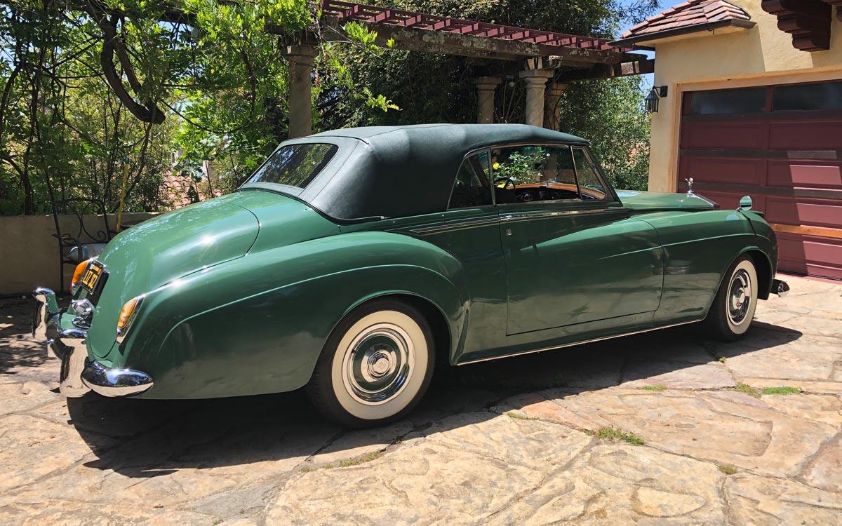 1960 Rolls Royce Silver Cloud II rear 3/4