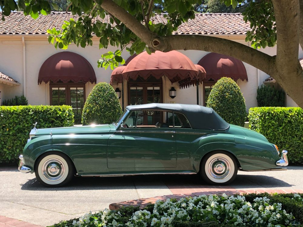 1960 Rolls Royce Silver Cloud II profile