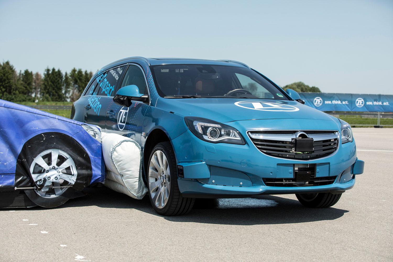 ZF external airbag