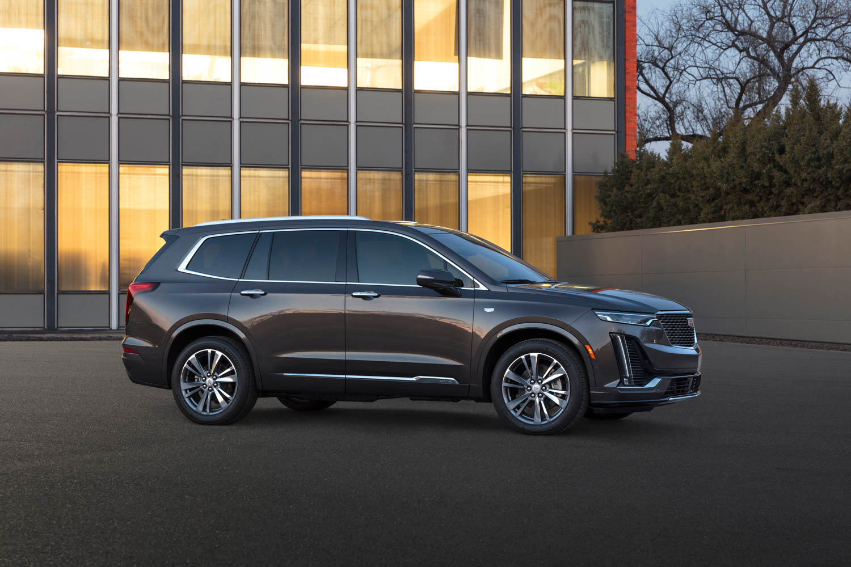 2020 Cadillac XT6 profile