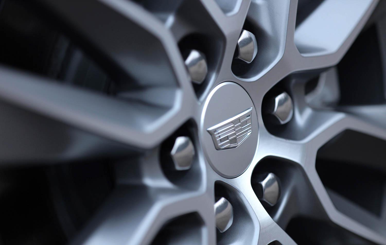 2020 Cadillac XT6 wheel detail