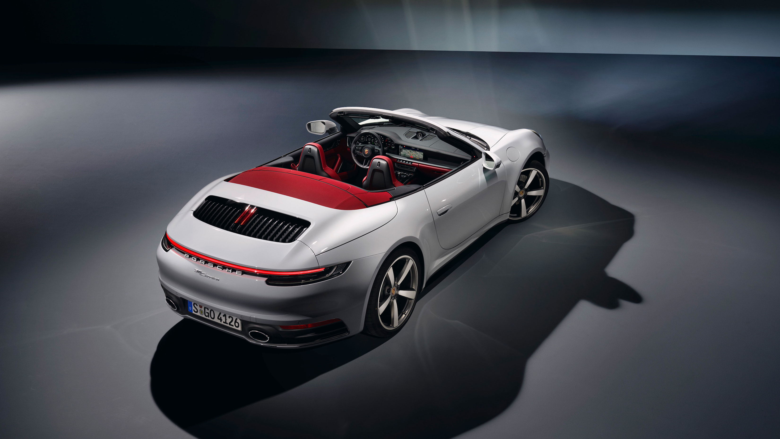 Porsche 911 Carrera cabriolet overhead