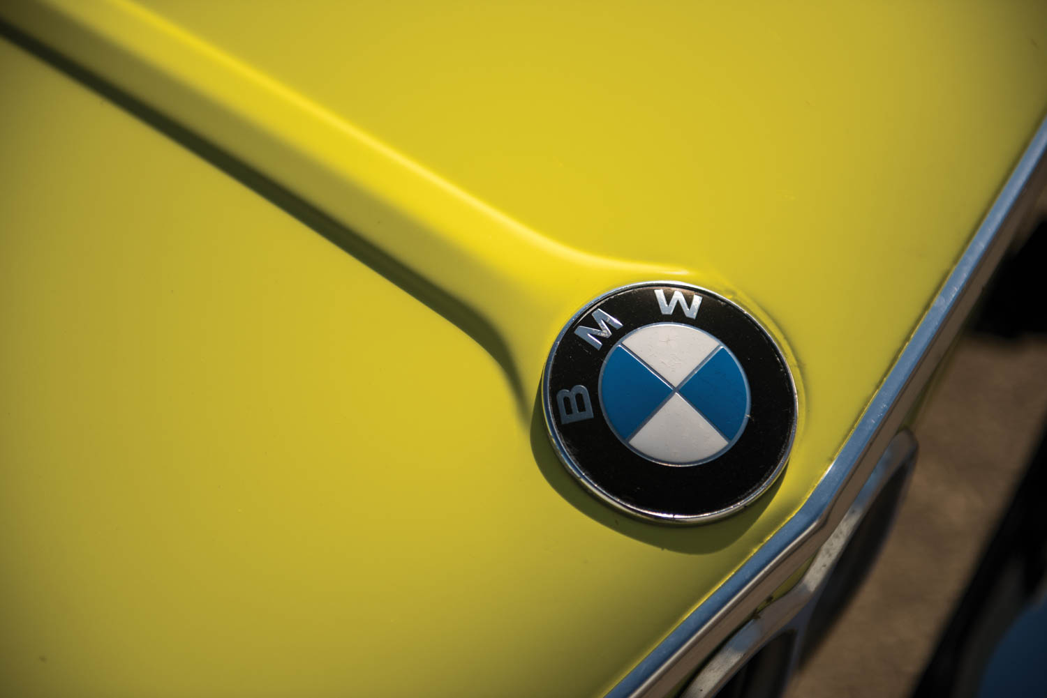 1972 BMW 2002 hood badge
