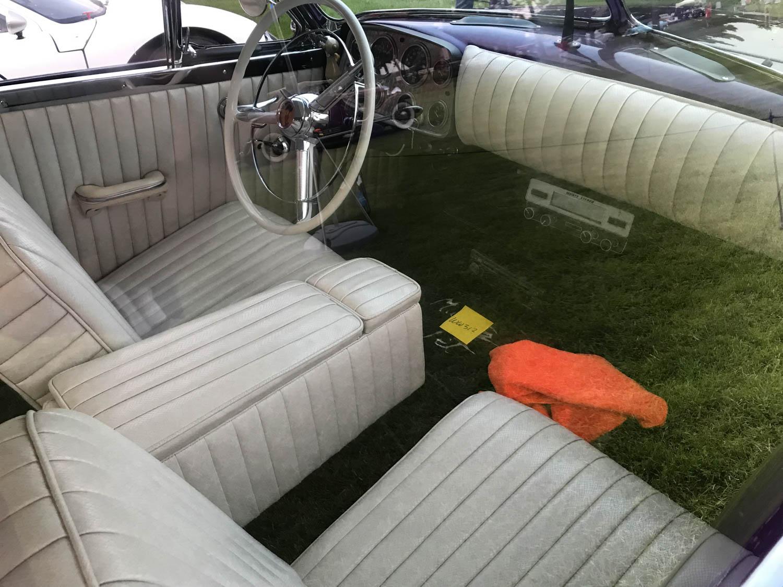Muntz Jet interior