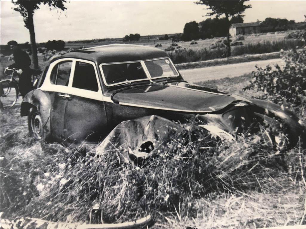 1939 Bentley Corniche crash