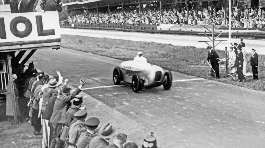 Manfred von Brauchitsch winning the Avus race in 1932