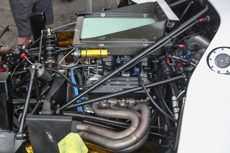 Buick V-6 race engine