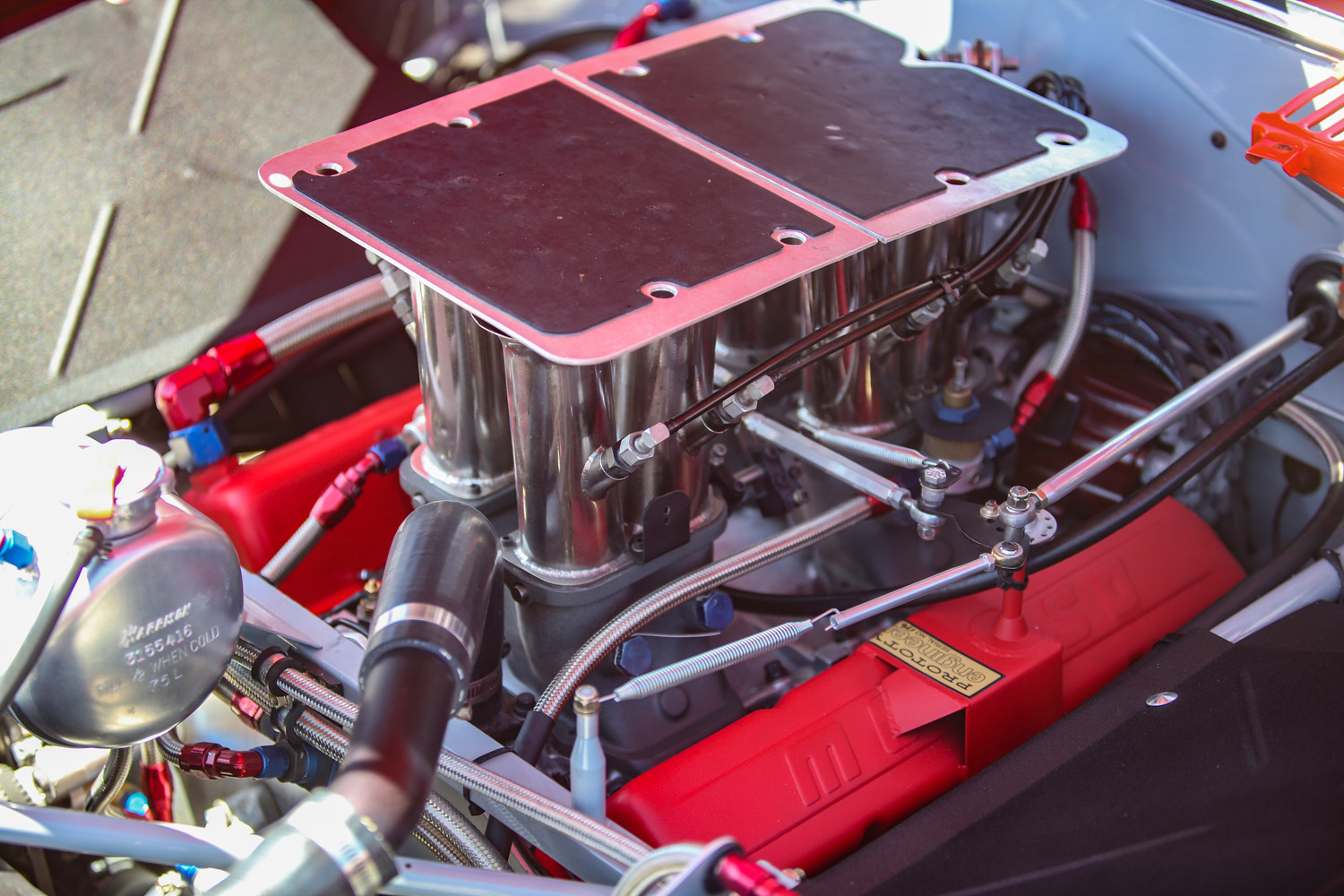 Mechanically injected small-block Chevy