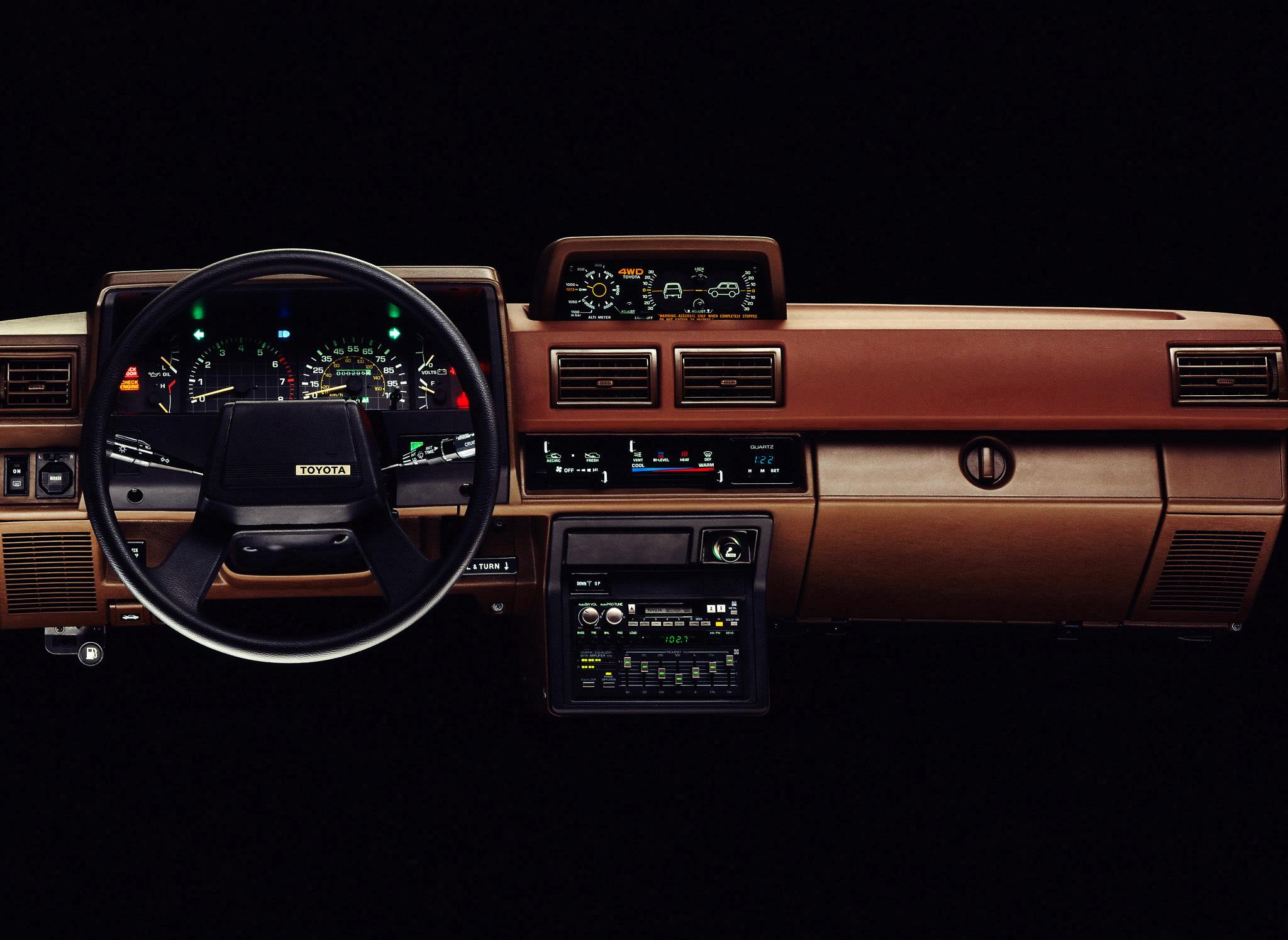 1984 Toyota 4Runner dash