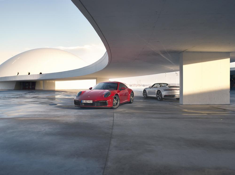2020 Porsche 911 Carrera 4 and 911 Carrera 4 Cabriolet