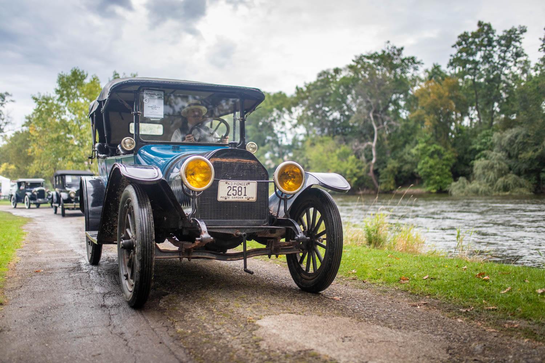 1914 Studebaker SC-4 touring