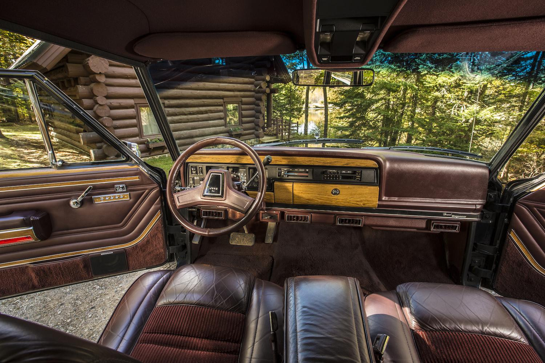Jeep Grand Wagoneer Interior