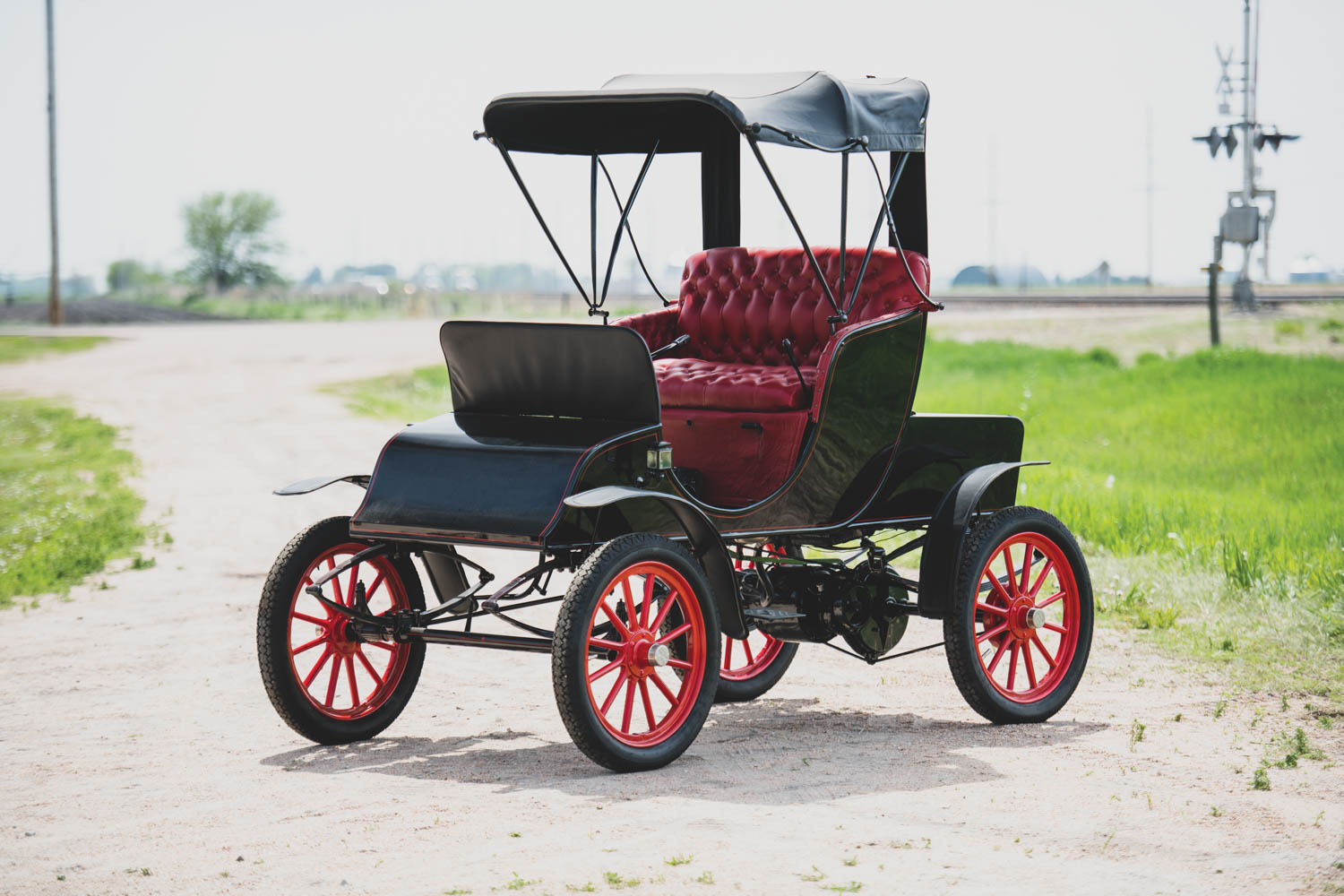 1904 Pope-Waverley Model 26 'Chelsea' Electric Runabout